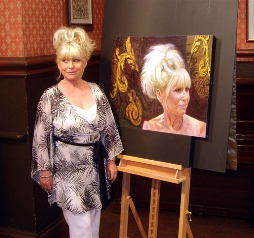 Barbara_windsor_3